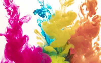 Esmalte colorido para os dentes!